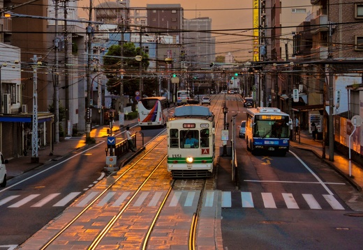 Streetcar and sunset 熊本の市電のある夕景